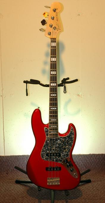 Fender Jazz with Allparts Neck
